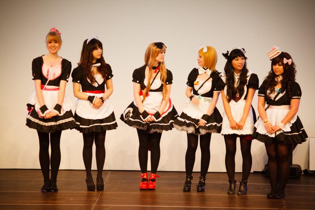 Die sechs Maids :3